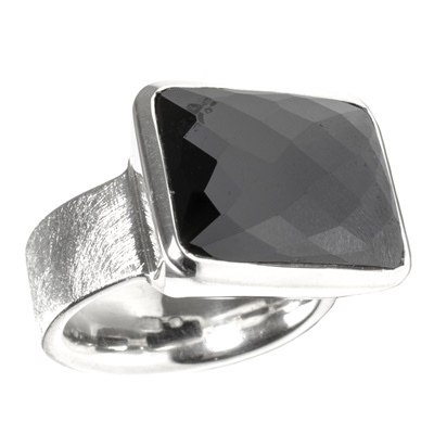Silber Ring mit Spinell
